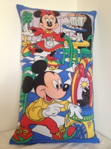 Minnie and Mickey - Roller Diner and Jukebox (sold)